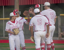 Bulldogs fall to Stanton in 9th inning