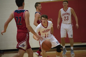 Bulldogs fall to Indians