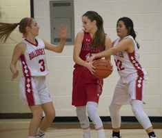 Bulldogettes lose to Jim Ned in district play