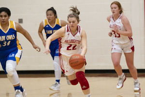 ​Dawgettes down Lady Owls, 53-33