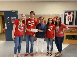 CHS seniors donate $800 to Food2Kids