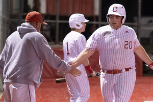 Bulldogs' big 5th inning seals win against Colorado, 16-9